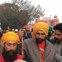 Ground Report: लाल क़िले पर क्या-क्या हुए, सुनिए प्रदर्शनकारियों की ज़ुबानी