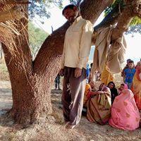 आजमगढ़ : कर्ज में डूबे किसान ने की आत्महत्या, पति-पत्नी पर था लाखों का कर्ज