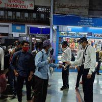 कोरोना का कहर : कई स्टेशनों पर प्लेटफार्म टिकट की बिक्री बंद, स्टेशनों की सूची यहां देखें