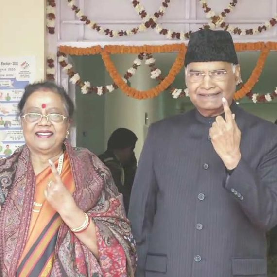 Delhi Assembly Election 2020: राष्ट्रपति और पूर्व प्रधानमंत्री सहित इनलोगों ने किया मतदान, देखें तस्वीरें